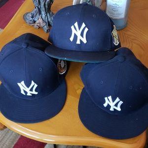 3 Yankee's hats